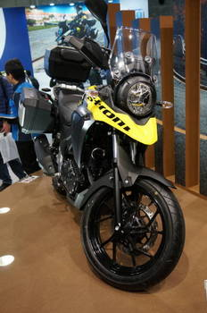 03 Suzuki V Strom.JPG